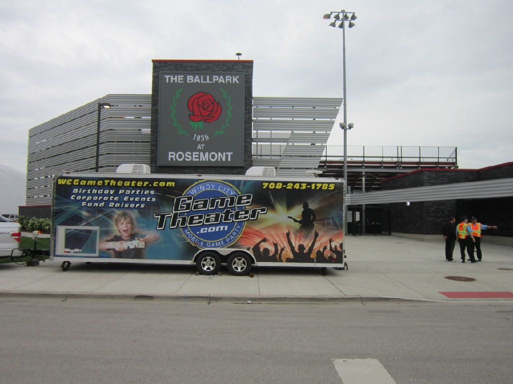 Windy city game theater truck